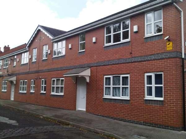 2 Bedrooms Apartment Flat for rent in Millenium Court Heynes Street Morris Green Bolton