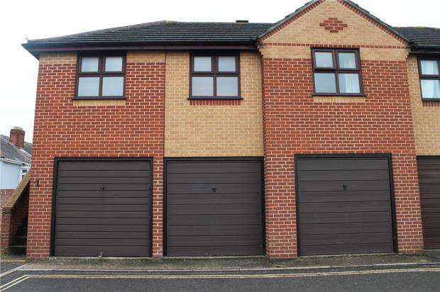 Garages Garage / Parking for sale in Stowe Road, Milton