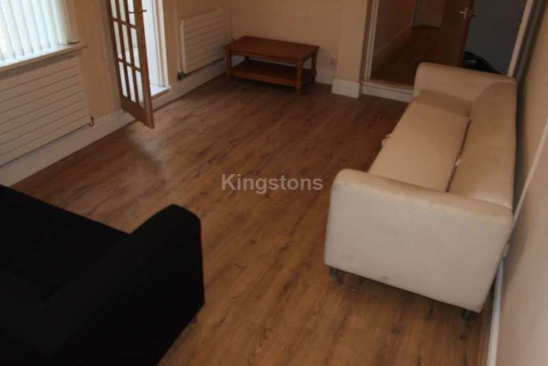 5 Bedrooms Terraced House for rent in Clun Terrace, Cathays, CF24 4RB