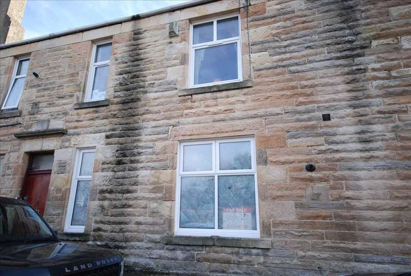 2 Bedrooms Flat for sale in Galloway Place, Saltcoats