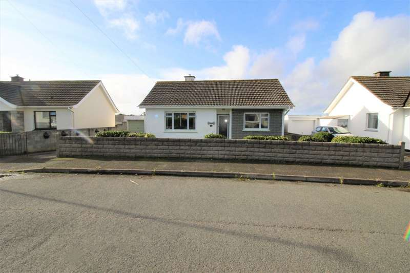 2 Bedrooms Detached Bungalow for sale in Westborne Road, Camborne, Cornwall, TR14