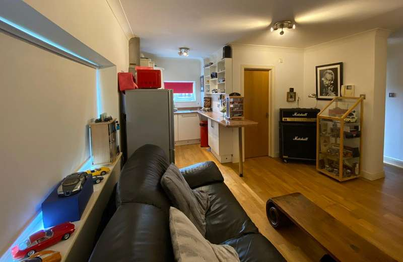 1 Bedroom Apartment Flat for sale in The Delawares Furtherwick Road, Canvey Island