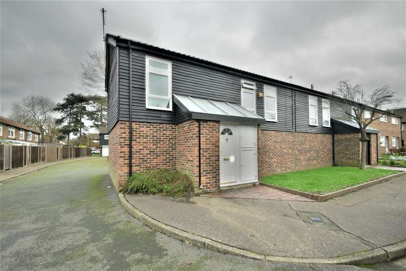 1 Bedroom Maisonette Flat for rent in Keilder Close, Hillingdon, UB10.