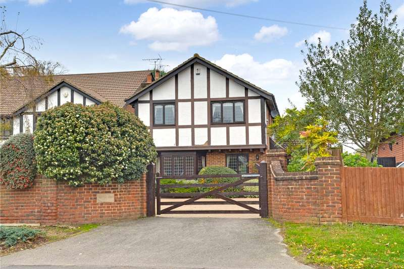 4 Bedrooms Detached House for sale in Leesons Hill, Chislehurst, BR7