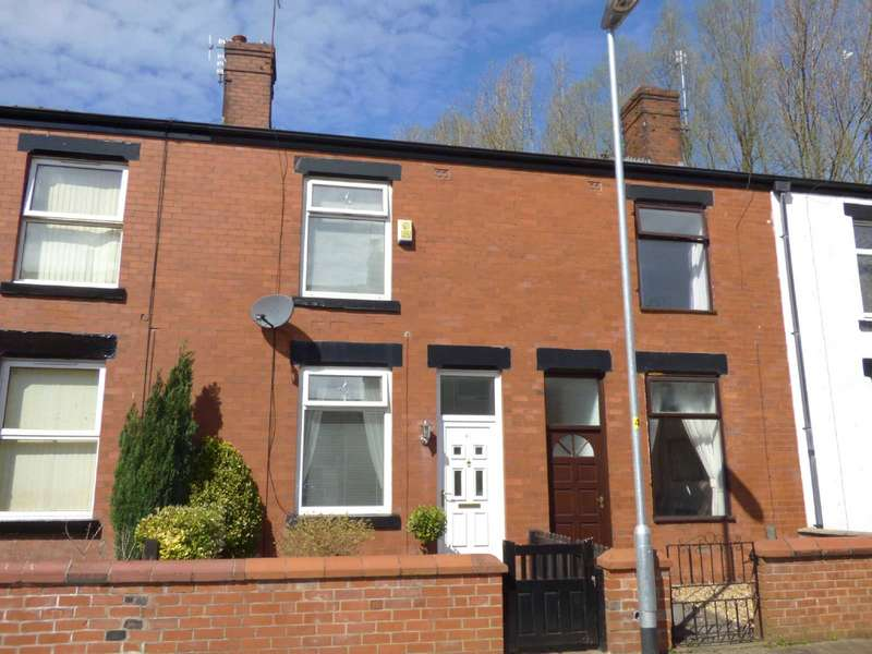 2 Bedrooms Terraced House for rent in Smethurst Street, Middleton, Manchester, M24