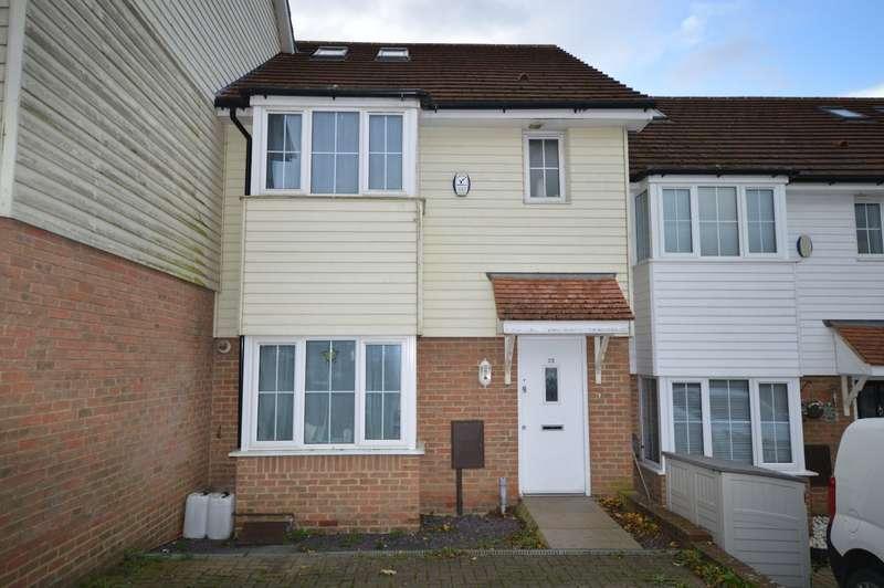 4 Bedrooms House for sale in St. Pauls Crescent, Boughton-under-Blean, Faversham, Kent, ME13
