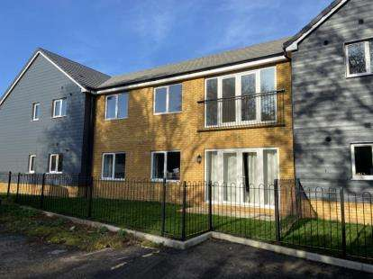 2 Bedrooms Flat for sale in Royston, Herts