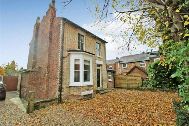 3 Bedrooms Detached House for sale in Milton Grove, Sale