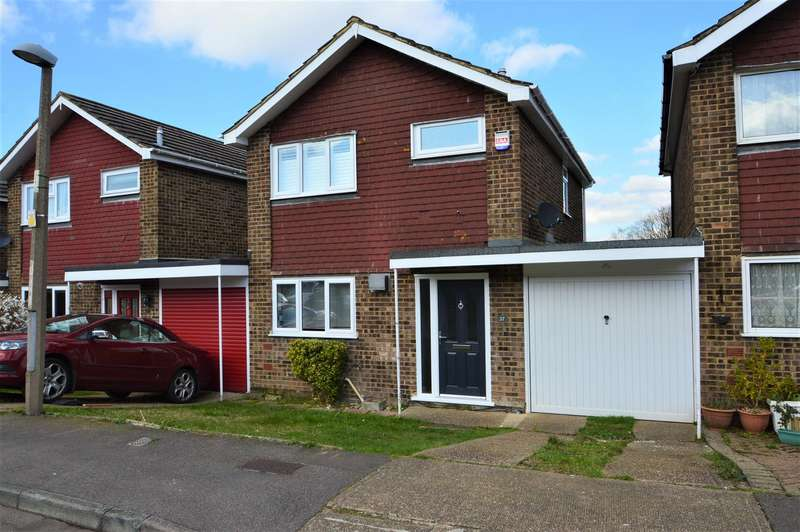 3 Bedrooms Detached House for rent in Brindle Way, Lordswood