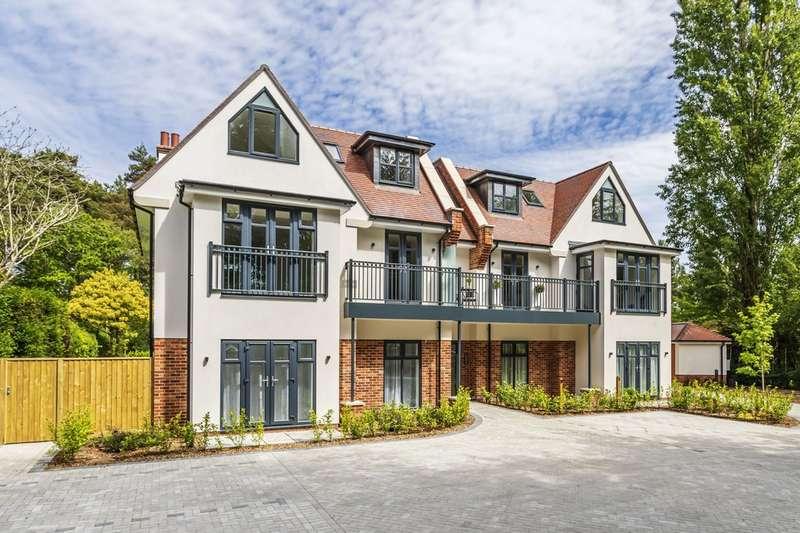 2 Bedrooms Flat for rent in Golf Links Road, Ferndown