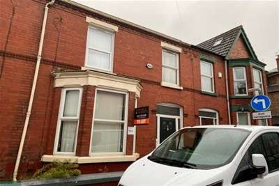 4 Bedrooms House Share for rent in Ramilies Road, L18 1ED