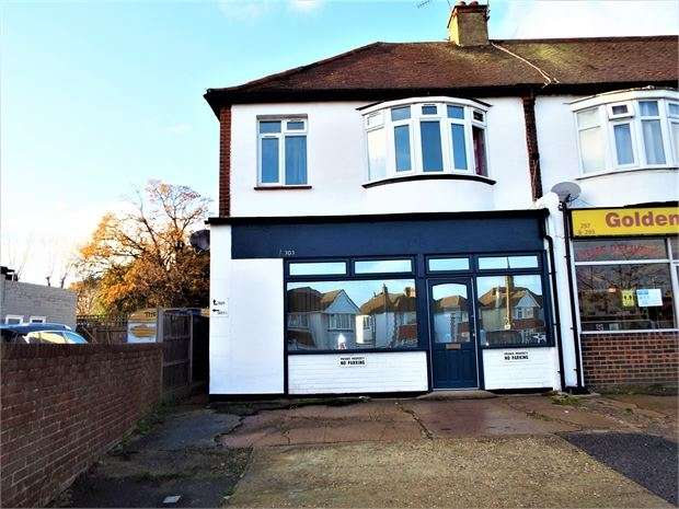 1 Bedroom Apartment Flat for rent in Eastwood Road North, Leigh on sea, Leigh on sea, SS9 4LT