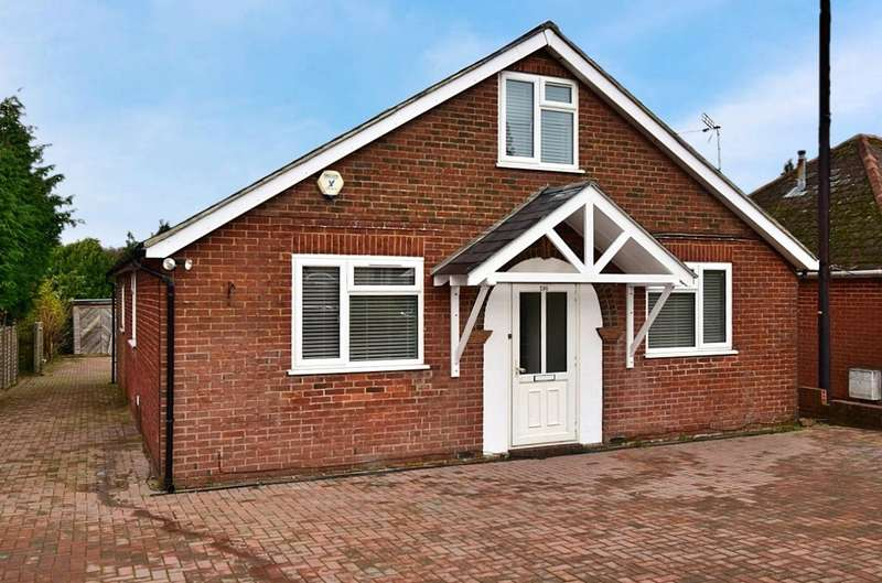 4 Bedrooms Detached House for sale in Old Worting Road, Basingstoke, RG22