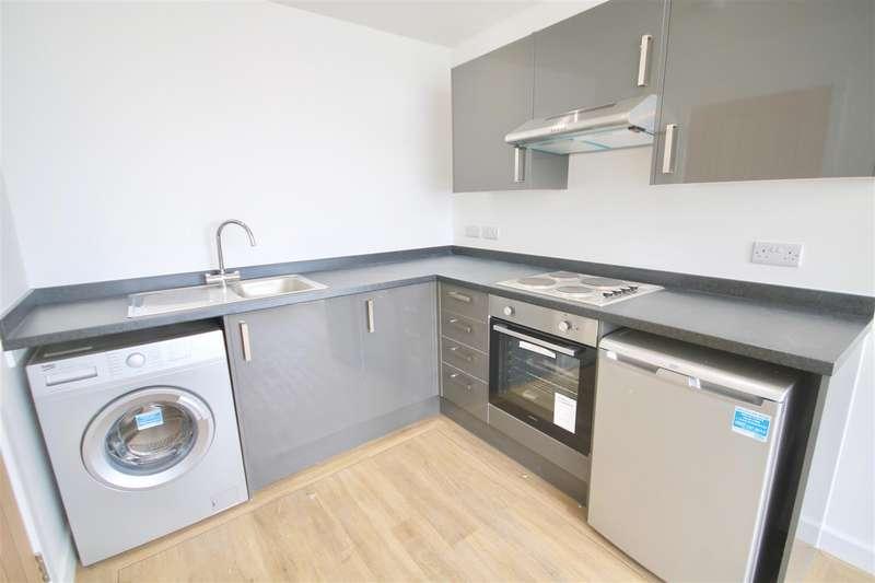 2 Bedrooms Flat for rent in Enterprise House, Isambard Brunel Road