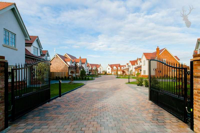 5 Bedrooms House for sale in Avey Lane, Waltham Abbey