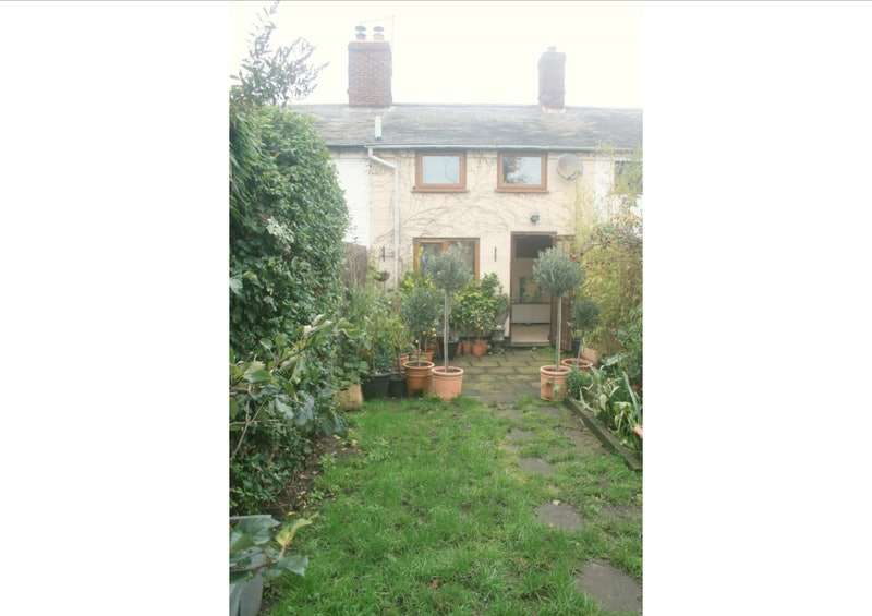 1 Bedroom Terraced House for sale in Ipswich Road, Colchester, Essex, CO7