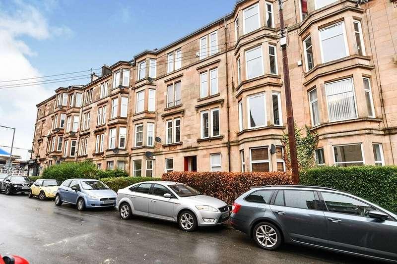 2 Bedrooms Flat for rent in Walton Street, Glasgow, G41