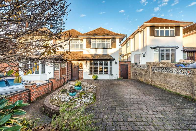 4 Bedrooms House for sale in Oaklands Avenue, Watford, WD19