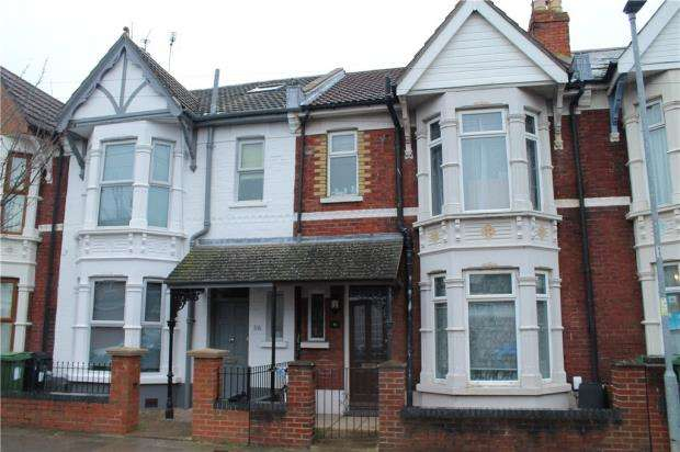 3 Bedrooms Terraced House for sale in Lyndhurst Road, Portsmouth
