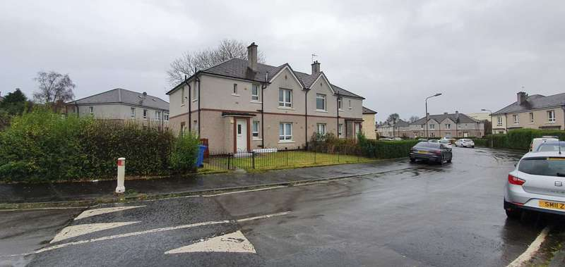 3 Bedrooms Flat for rent in Househillmuir Crescent, Pollok
