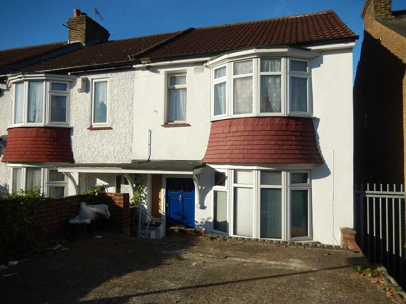 1 Bedroom Ground Flat for rent in Palmerston Road, Chatham, Kent. ME4 5SJ