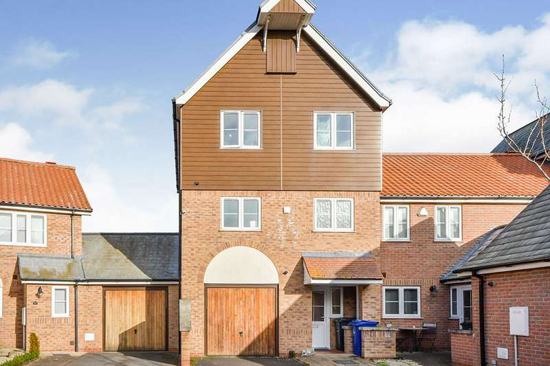 3 Bedrooms House for sale in Park Lane, Burton Waters, Lincoln, LN1
