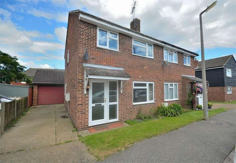 3 Bedrooms Semi Detached House for rent in Rayfield Close, Barnston,