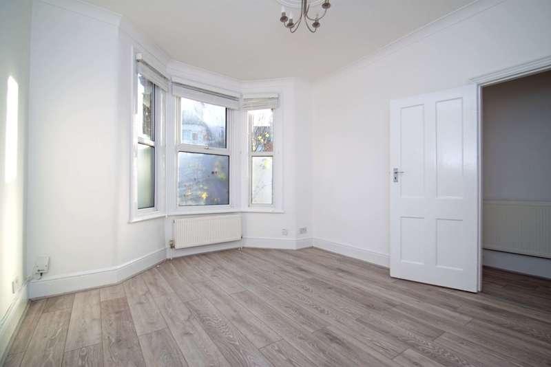 4 Bedrooms Terraced House for rent in Graham Road, Tottenham, N15