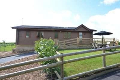 3 Bedrooms Detached House for rent in Biddenden, Kent