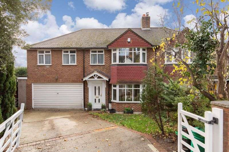 4 Bedrooms Property for sale in Bickley Road, Bickley, Bromley
