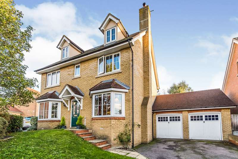 5 Bedrooms Detached House for sale in Ashcroft Road, Wainscott, Rochester, Kent, ME3