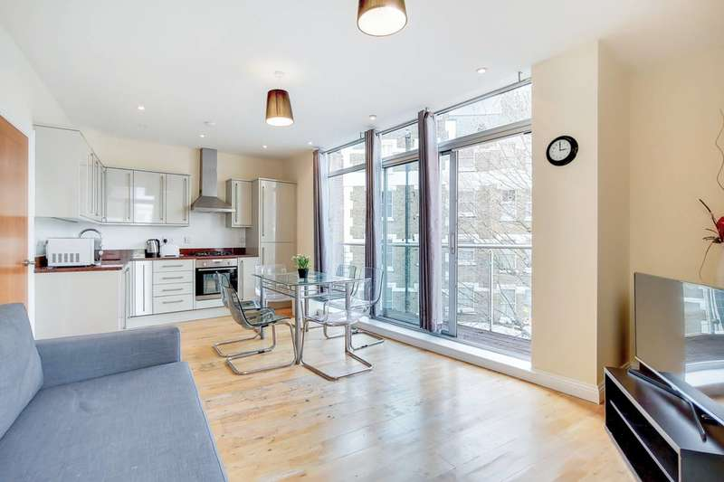 2 Bedrooms Flat for rent in Laystall Street, Clerkenwell, EC1R