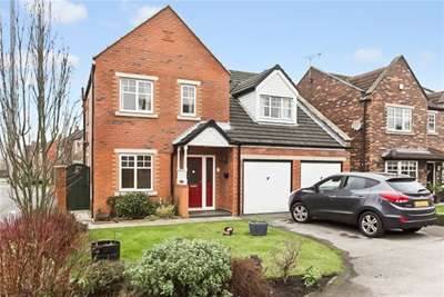 4 Bedrooms Detached House for rent in Eades Close, York, YO30 5FG