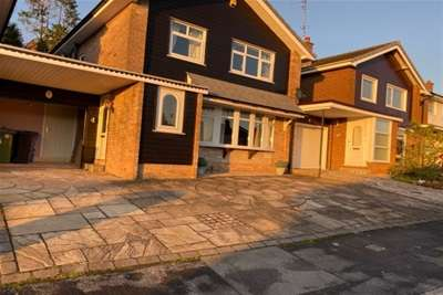 3 Bedrooms Detached House for rent in Poise Brook Road, Stockport, SK2