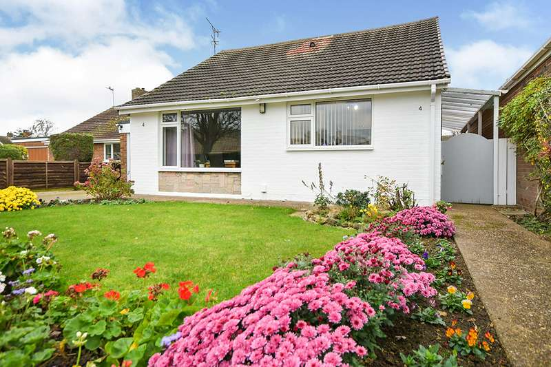 2 Bedrooms Detached Bungalow for sale in St. Pauls Avenue, Cherry Willingham, Lincoln, LN3