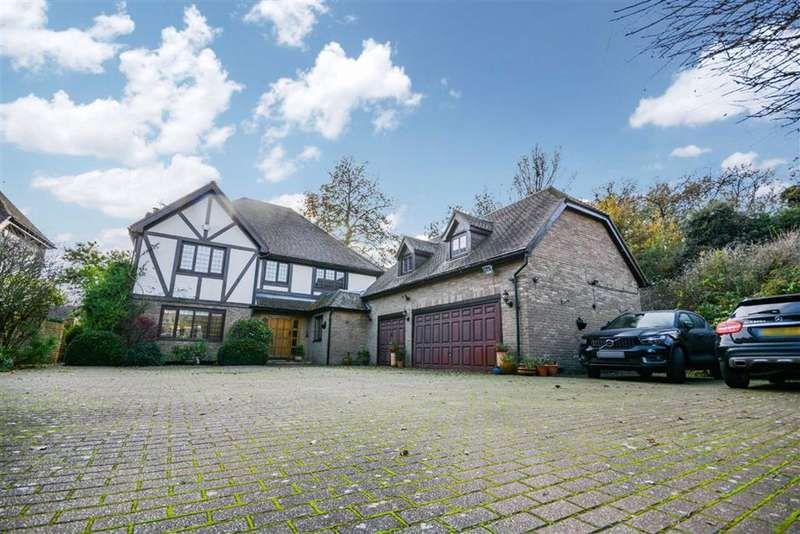 5 Bedrooms Detached House for sale in The Cricketers, Broadstairs, Kent