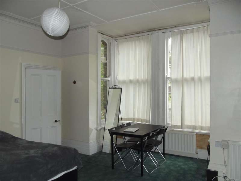 Flat for rent in Tisbury Road, Hove