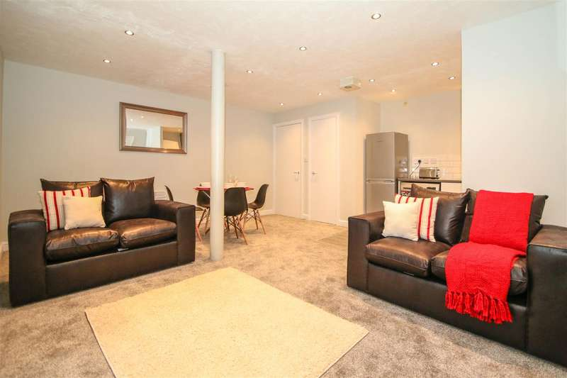 2 Bedrooms Apartment Flat for rent in Victoria Mill, Lower Vickers Street, Manchester