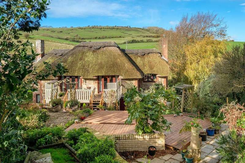 4 Bedrooms Detached House for sale in Chillerton, Isle Of Wight