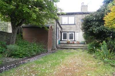 3 Bedrooms Cottage House for rent in Bramley Lane, Lightcliffe