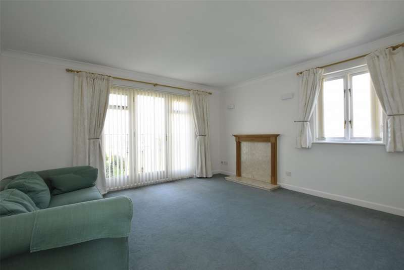 2 Bedrooms Flat for rent in Willow Brook, ABINGDON, Oxfordshire, OX14