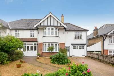 5 Bedrooms Semi Detached House for sale in Coniston Road, Bromley, Kent, BR1