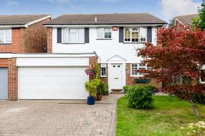 4 Bedrooms Detached House for sale in Bolton Gardens, Bromley, Kent, BR1