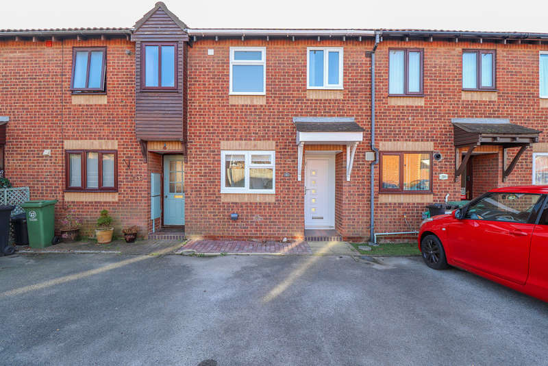 2 Bedrooms Terraced House for rent in Corby Crescent, Portsmouth