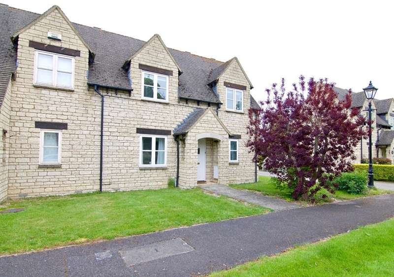 2 Bedrooms Terraced House for rent in Acer Close, Bradwell Village