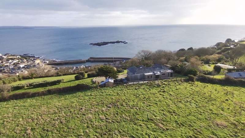 5 Bedrooms Detached Bungalow for sale in Detached 3 Bedroom Bungalow Set In 3 Acres With Detached Cabin
