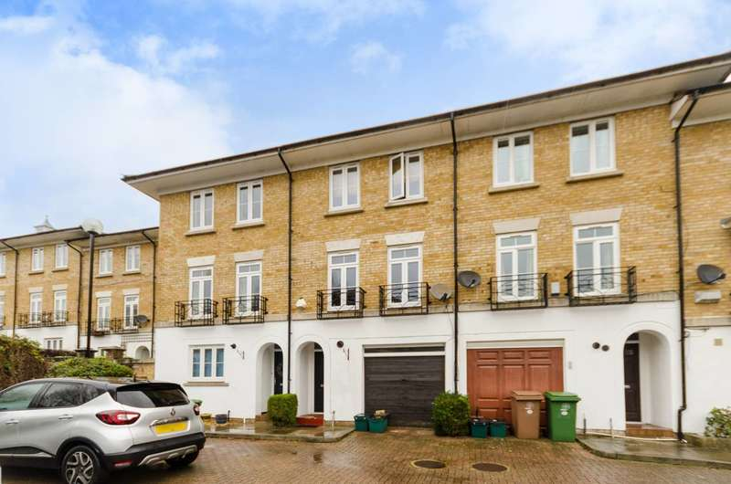 4 Bedrooms Terraced House for sale in Kingswood Drive, Sutton, SM2