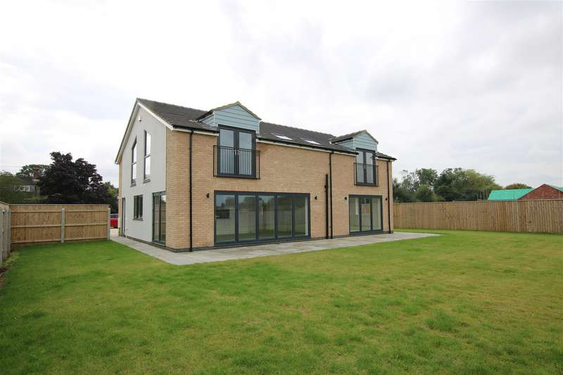 4 Bedrooms Detached House for sale in Middle Sykes Lane, Grimoldby, Louth