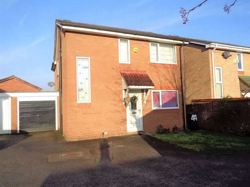 4 Bedrooms House for rent in Birchall Green, Woodley, Stockport