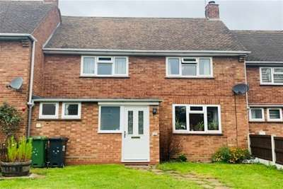 3 Bedrooms Terraced House for rent in May Tree Road, Lower Moor